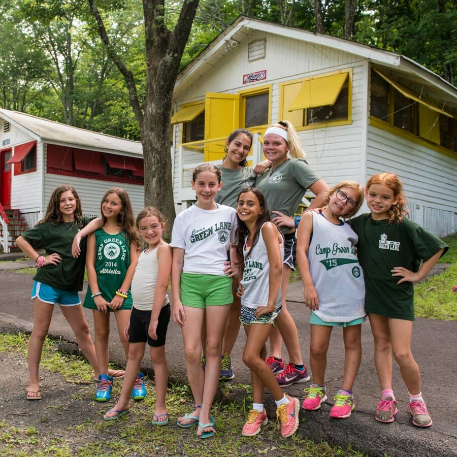 girls-cabin-group