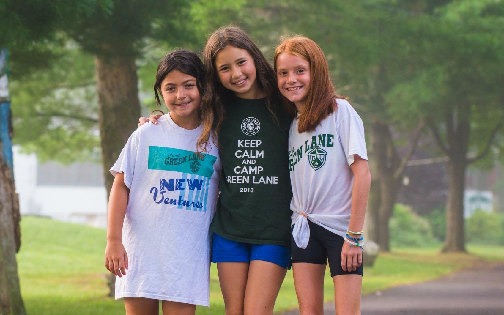 girls-hug-new-ventures